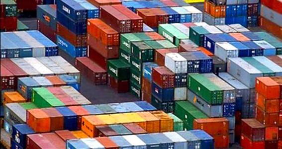 Sdoganamento in mare per i container in arrivo a Trieste e Venezia: tempi di attesa ridotti di 36 ore